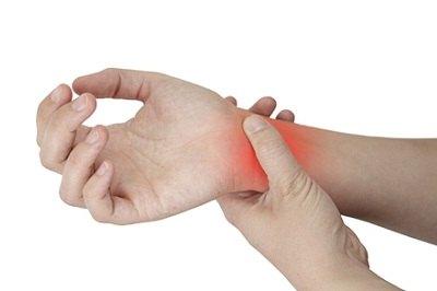 timpul de recuperare a entorselor la încheietura mâinii