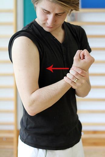 După exerciții fizice, dureri de cot. Comentarii