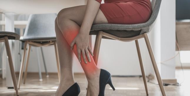 articulațiile picioarelor și gambelor doare