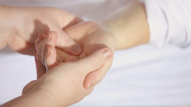 inflamația durerii articulației degetului mare