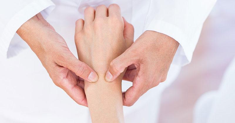 articulația pe mână doare articulațiile umărului și cotului mâinii drepte