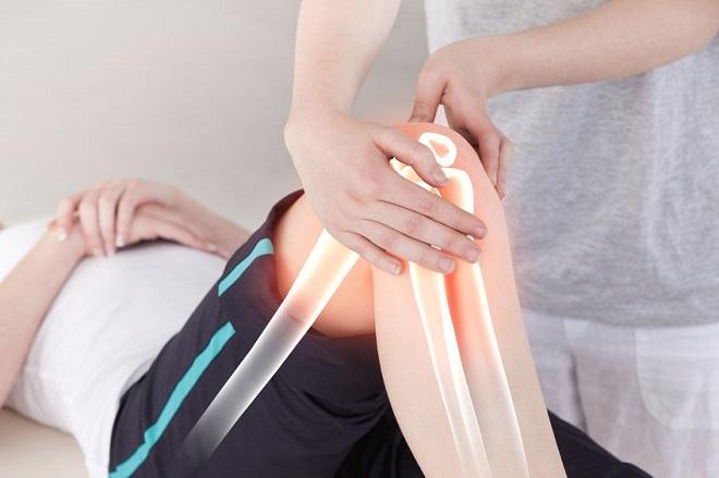 un adolescent are dureri în articulația șoldului tratamentul artrozei genunchiului în clinicile din Rusia