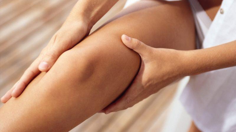 Durerea în articulațiile piciorului stâng provoacă