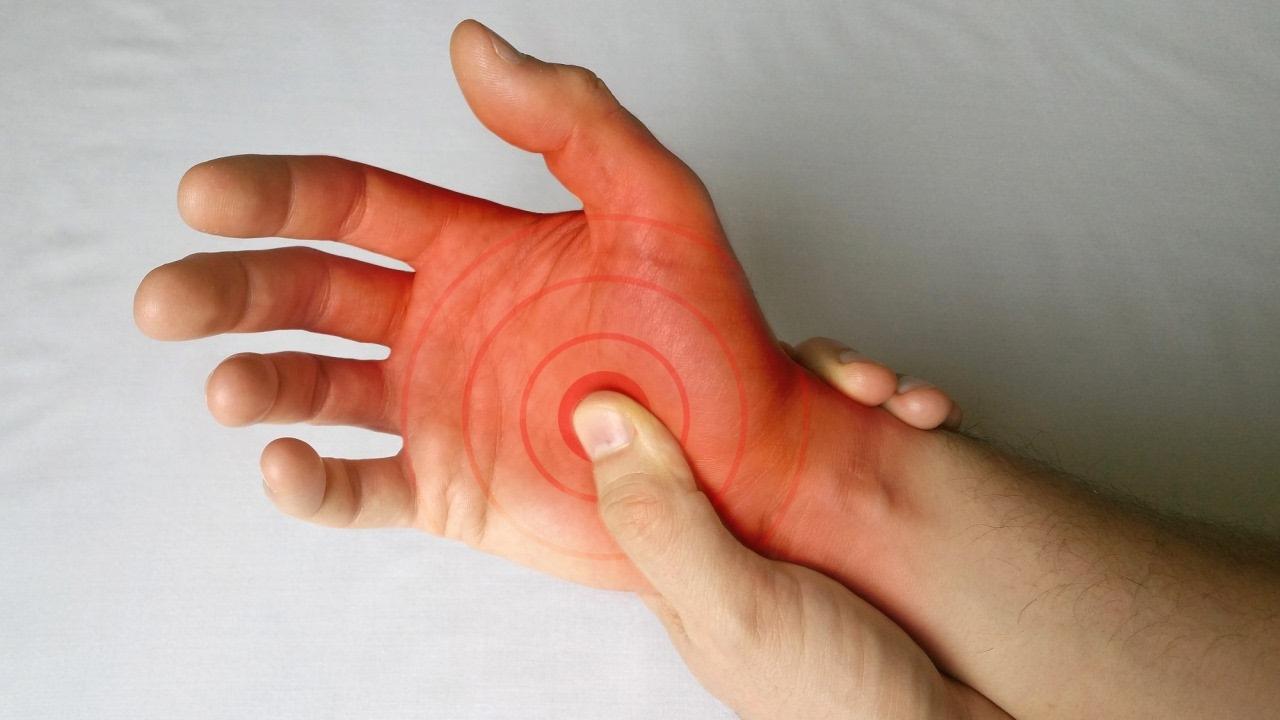 durere intermitentă la încheietura mâinii