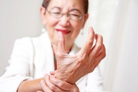 dureri articulare nocturne cauzează crunch și dureri de articulații ale picioarelor