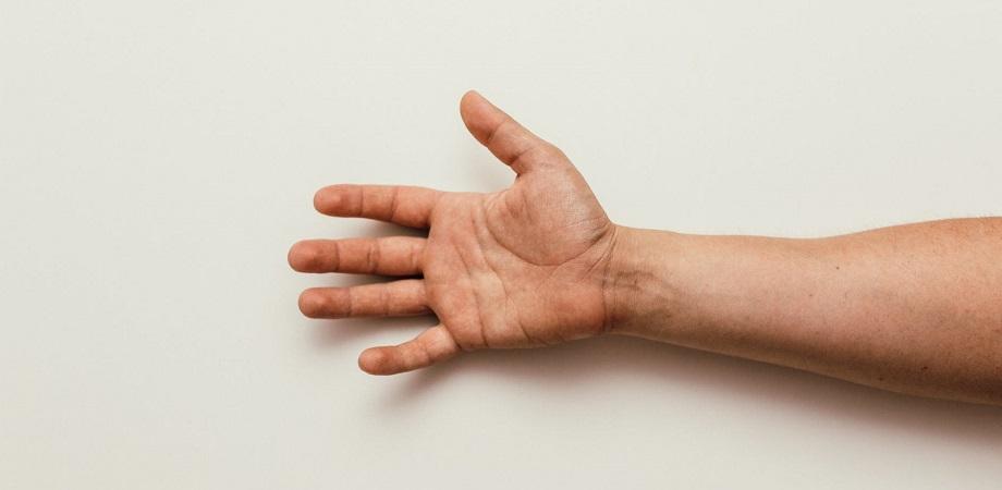 Metodele durere ascuțită în încheietura mâinii și mâna dreaptă Această