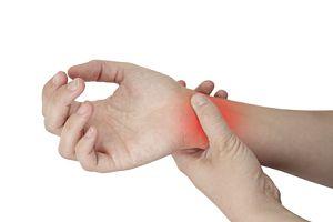 dureri palpitante la încheietura mâinii