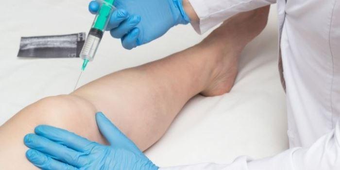 articulațiile brațelor și picioarelor doare și se umflă